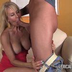 Image Erica Lauren matura care suge pula inainte de sex