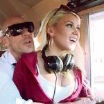 Image Blonda sex in autobuz cu soferul dotat