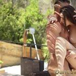 Image Anya primeste sex in gradina ca terapie