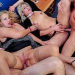 Image Porno in Bucuresti cu bunicute penetrate in vaginele largi