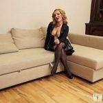 Image Blonda platita pentru muie si sex brutal