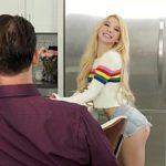 Image Blonda tanara nesatula face sex cu tatal iubitului