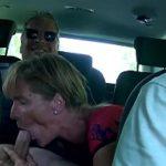 Image Matura suge pula in masina si opresc la cabana pentru sex