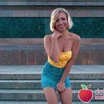 Image Blonda Gabi primeste bani sa faca sex pe strada