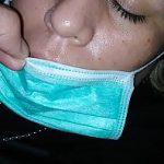 Image Sperma pe gura cand doarme si poarta masca