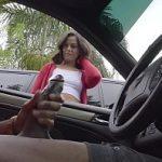 Image Centurista ii freaca pula in masina pentru 50 lei