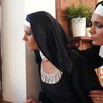 Image Aventura sexuala in biserica cu doua maicute