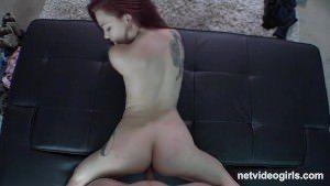 Image Fata inocenta sta capra si primeste pula in pizda porno xxx