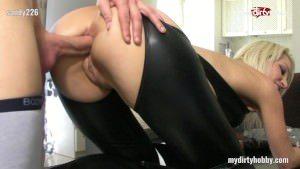 Image La 29 de ani face sex anal beton si oral profesionist xxx hd